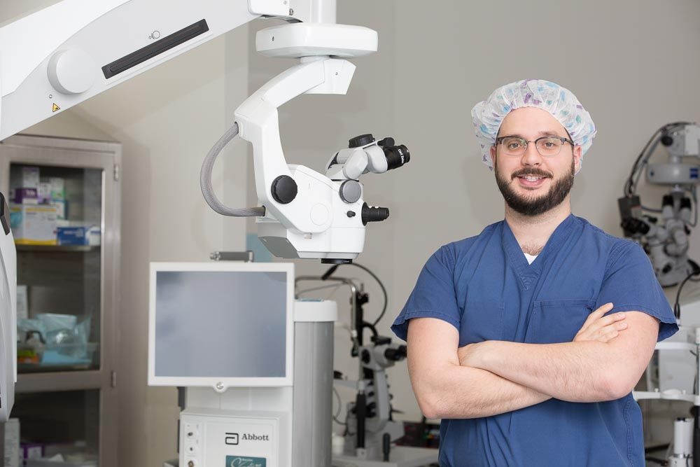 Cataract Surgeon Dr Alain Bauza