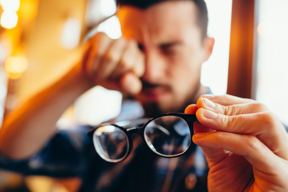 prevent macular degeneration eye care center