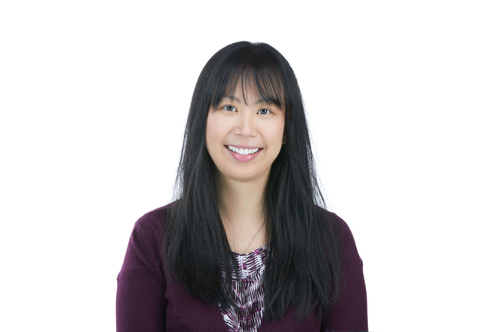 Dr. Jing Jing Feng is an Ophthalmologist, Cataract and Refractive Surgeon at New Jersey Eye Center